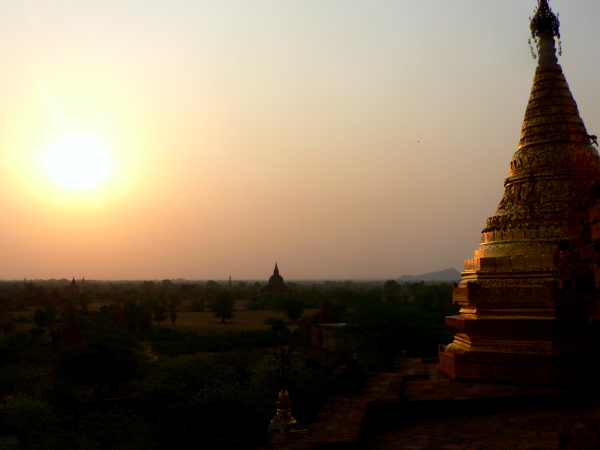 In the words of GoClickTravel: I've never been to a place that had better natural light than Burma. I visited in the hot season in May 2009 and everything looked so warm and wonderful in the light. Nowhere more so than here at Bagan at sunrise